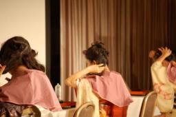 たき川教室によるヘアアレンジの実演