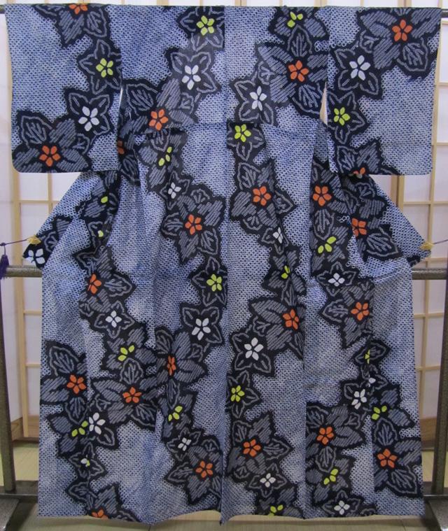 浴衣藍色地総絞り大胆な花文
