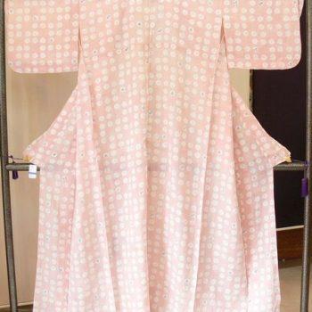 夏紬 小千谷縮 ピンク 丸に可愛い型染め(A4613)