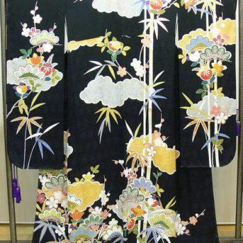 振袖 黒 地紋 松竹梅に雲、橘などの吉祥紋様 ピンクの長襦袢セット(A4643F)